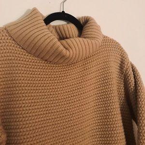 Vtg. Salvation Ferragamo chunky sweater